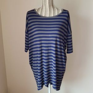 LuLaRoe Irma size Medium Top